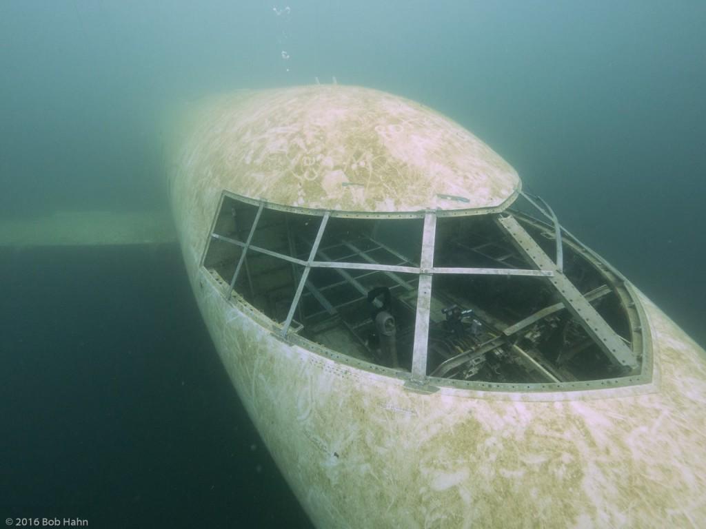 submerged aircraft submechanophobia tigrsh